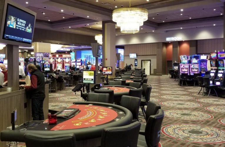 Reinvent Your Online Gambling Along With These Direct -peasy Tips